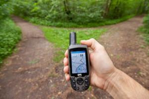 Abkürzungen | GPS fürGlobal Positioning System | Bild zeigt ein GPS-Endgerät für Geocaching